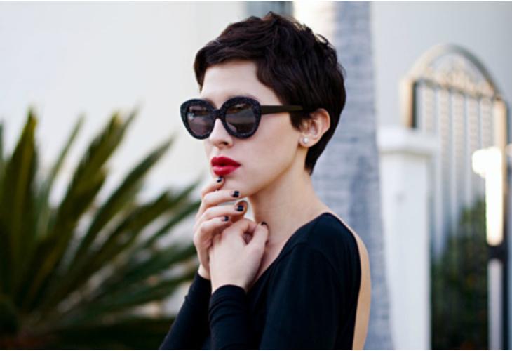 beautiful-fashion-girl-red-lip